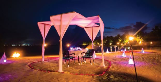 Have an occasion to celebrate? Opt for something special like private dining by the beach or watch a movie screening under the stars.