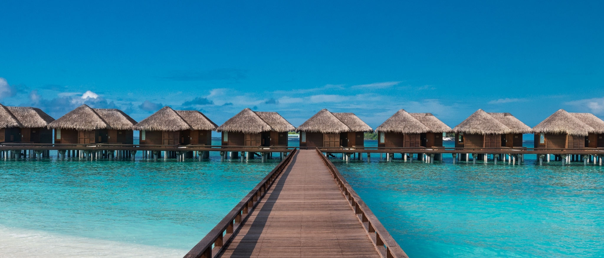 Sheraton Maldives Full Moon Resort & Spa — Бунгало на воде Water Bungalow
